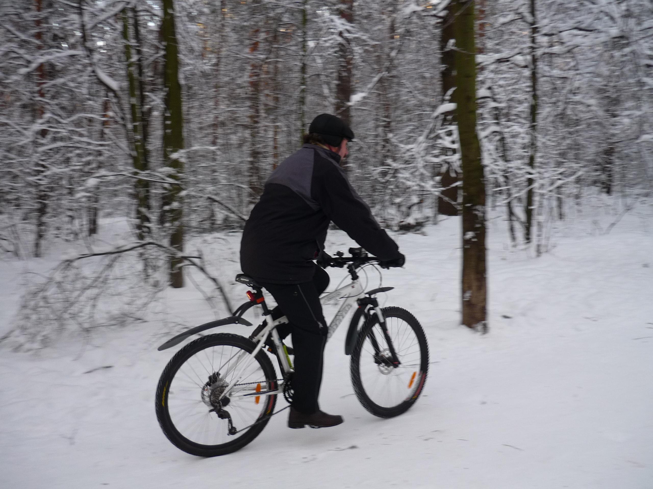 На велосипеде зимой