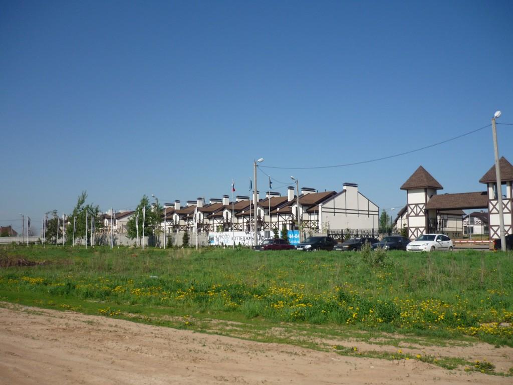 Конный клуб и коттеджный поселок
