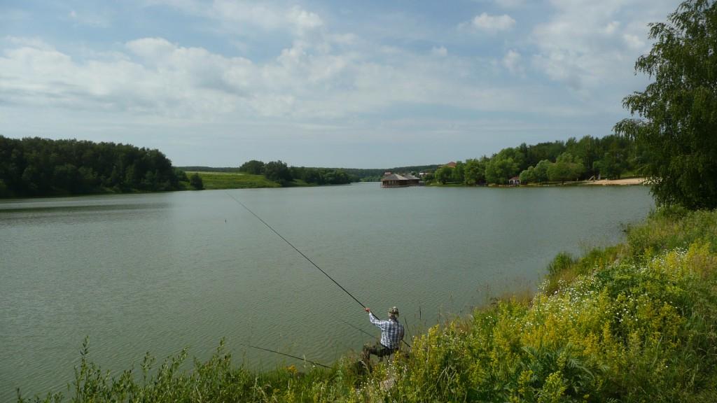 рыбалка на варшавском пруду